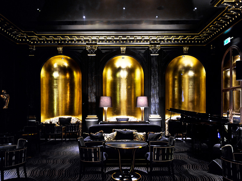 The Savoy, The Beaufort Bar, black interior with gold leaf walls