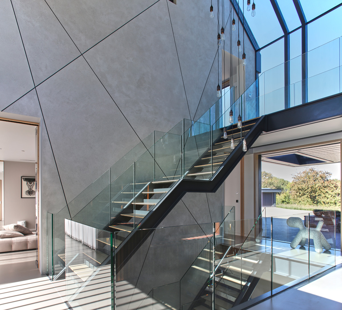Entrance Stairwell / Atrium